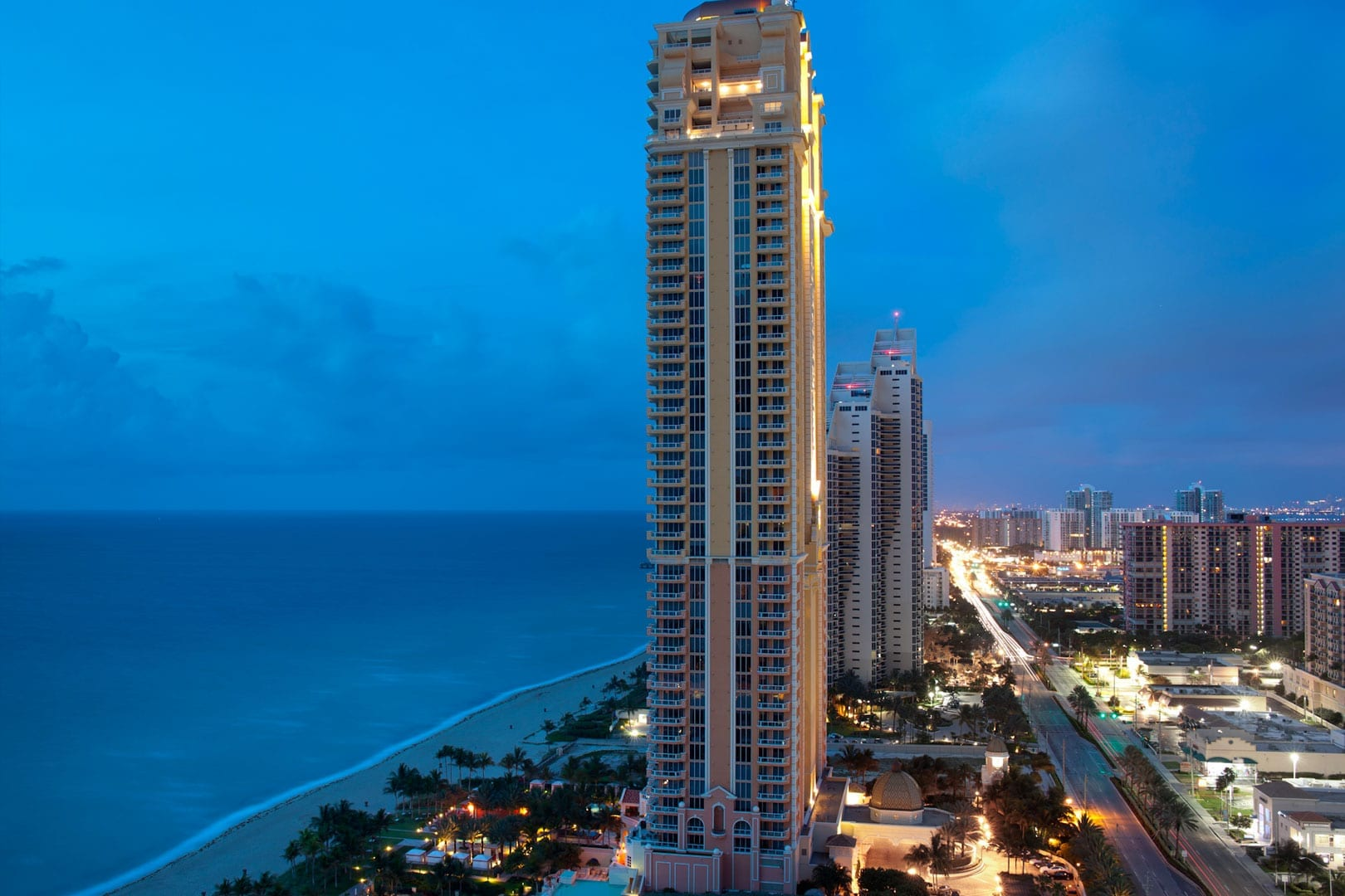Acqualina Condo Hotel – Swedroe Architecture