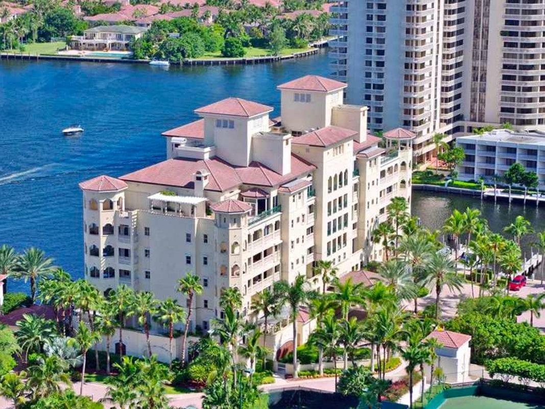 Porto Vita Luxury Mid-Rise Condo Design in Aventura, FL by Swedroe Architecture